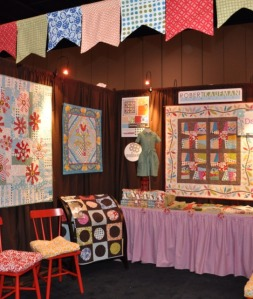 image from https://pieceocakequilts.files.wordpress.com/2010/10/b1afd-6a011570df09d5970c013488904af8970c-pi.jpg