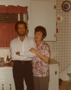 Dad&mom-in-kitchen