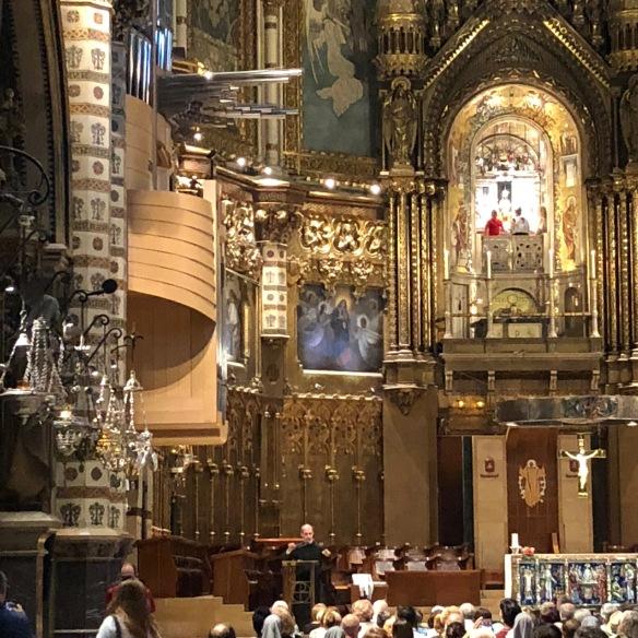 Montserrat-Inside-1
